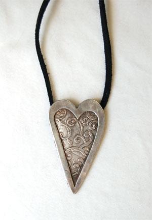 Servian---Heart-Pendant